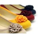 Dress cotton canvas ballet flats with flower design.