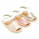 Combined leather Menorquina sandals with shiny effects and hook and look strap.