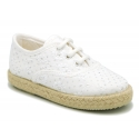 New cotton canvas Bambas type shoes with shiny effects.