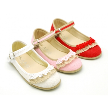 Linen canvas halter Mary Janes with lace design.