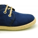Laces up shoes espadrille style in suede leather canvas effect.