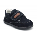 Suede leather casual boat shoes laceless for little kids.