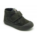 Suede leather ankle boot shoes with velcro strap and toe cap.