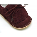 Little Classic Oxford style shoes with fringed design and flexible soles in suede leather.