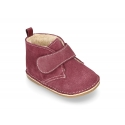 Little Safari boots for babies laceless and with wool knit lining.