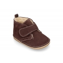 Little Safari boots for babies with velcro strap and wool knit lining.