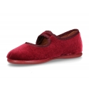 Stylized little Mary Jane shoes with hook and loop strap and button in velvet.