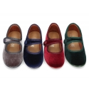 New stylized little Mary Jane shoes with velcro strap and button in velvet.
