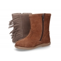 Suede leather boot shoes with fringed design.