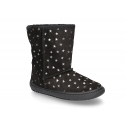 Suede leather boot shoes with STARS design and fake hair lining.