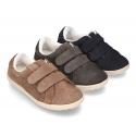 New Casual tennis shoes with double velcro strap in suede leather.
