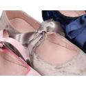 Nueva Mercedita o bailarina para vestir tipo angelito con lazo en terciopelo satinado.