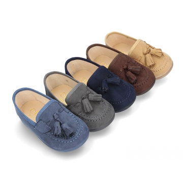 New autumn-winter canvas kids Moccasin shoes with TASSELS design.