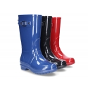 Classic SHINY rain boots with buckle design for kids.