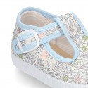 Cotton canvas T-strap shoes with classic english print.