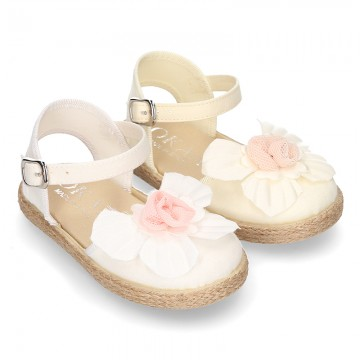 Special CEREMONY espadrille shoes with flower design.