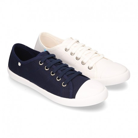 Cotton Canvas BAMBA type shoes with ties closure and toe cap.