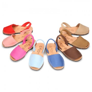 Nobuck leather Menorquina sandals with rear strap.