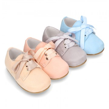 Classic SOFT Suede leather lace-up oxford shoes in pastel colors.