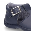 Washable leather sandals with buckle fastening and SUPER FLEXIBLE soles for little boys.