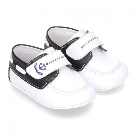 Soft Nappa leather BOAT SHOES with velcro strap for baby.