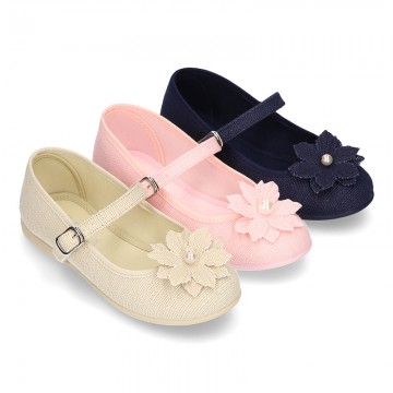 LINEN Canvas Mary Jane shoes with flower design.