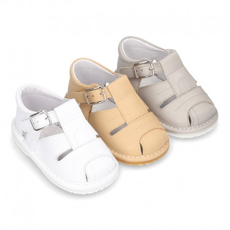 Nueva Sandalia tipo pepito en piel suave para niños bebés.