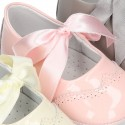 Classic Mary Jane shoes angel style for baby in patent leather with ties.