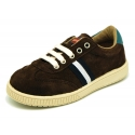 Suede leather Tennis with shoelaces and flag detail.