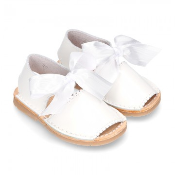 New Patent leather Menorquina sandals with ANGEL style design.