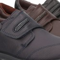 School shoes closed laceless and with toe cap in washable leather.