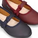 Zapato colegial tipo Mercedita con velcro con lazo en piel lavable para niñas.