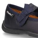 Zapato colegial tipo Mercedita con velcro con lazo en piel lavable para niñas pequeñas.