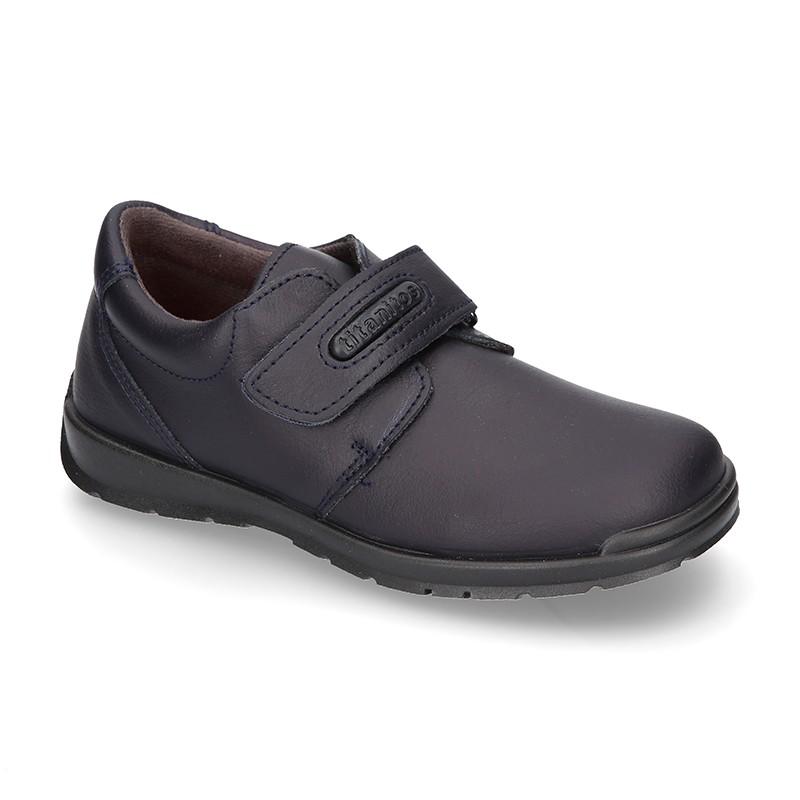 ec08ec0d5fc Zapato colegio tipo Blucher con velcro en piel lavable.