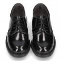 Zapato tipo Blucher con cordones en piel ANTIK.