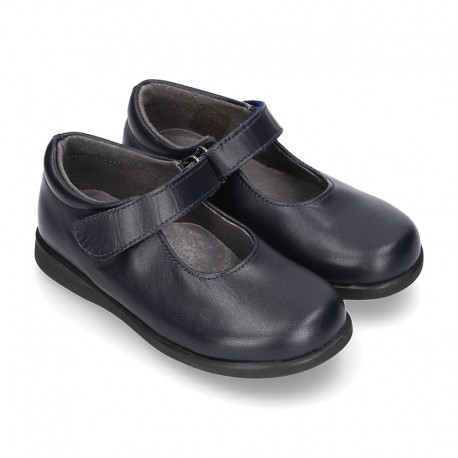 Classic Mary Jane school shoes with hook and loop strap in leather.