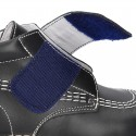 Basic classic casual ankle boot shoes laceless in leather.