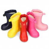 Little rain boots with adjustable neck and WOOL KNIT lining.