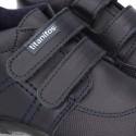 Nuevo Zapatito tipo deportivo para primeros pasos con doble velcro en piel lavable.
