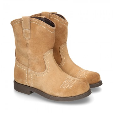 Suede leather ankle boots countryside style with VINTAGE design.