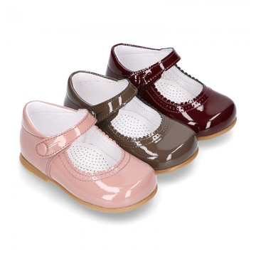 Halter little Mary Jane shoes in PATENT LEATHER.