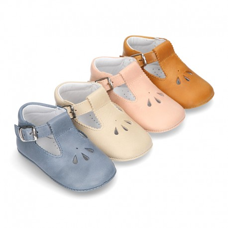 Soft Nappa leather little T-Strap shoes with chopped design for babies.