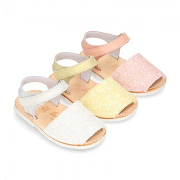 New EXTRA SOFT leather Menorquina sandals with velcro strap and glitter finishes.