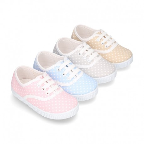 Cotton canvas Bamba type shoes with dots print design.