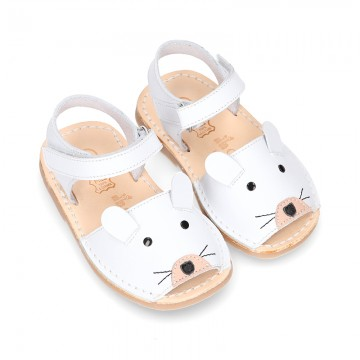Little MOUSE soft leather Menorquina sandals with velcro strap.