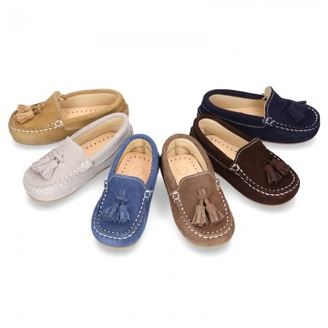 Suede leather Moccasin shoes with TASSELS for little kids.