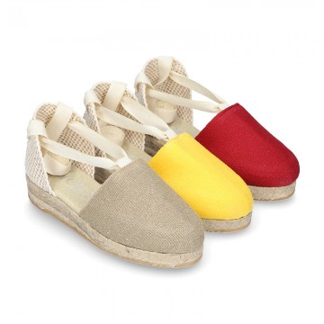 Cotton canvas espadrilles shoes Valenciana style in seasonal colors.