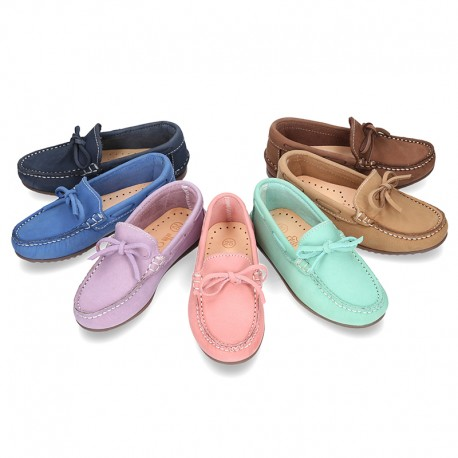 Nobuck leather Moccasin shoes with bows for toddler kids.