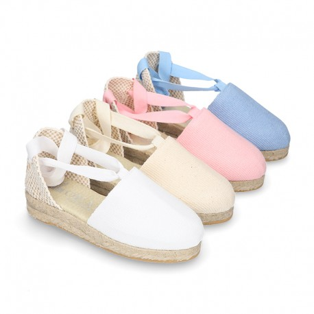 Cotton canvas espadrilles shoes Valenciana style.