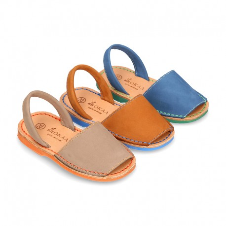 Nubuck leather Menorquina sandals with rear strap and stitching and soles in contrast.